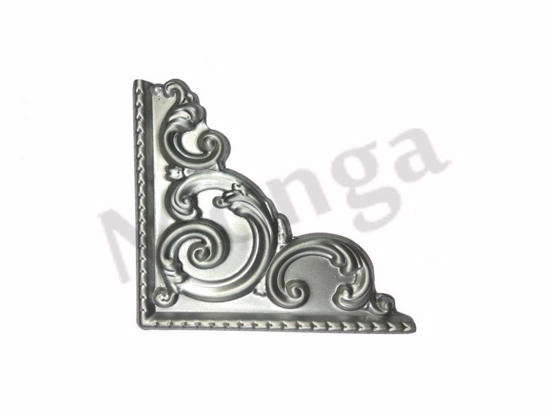 Wrought iron flowers and leaves manufacturer